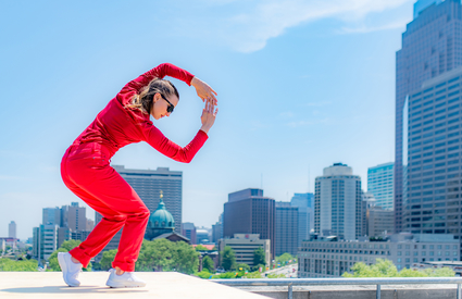 In Motion, In Place: Trisha Brown Dance Company in Fairmount Park. Photo by Vikki Sloviter.